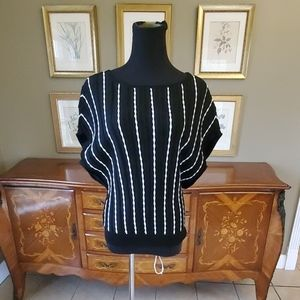 11/19 WHITE HOUSE BLACK MARKET Blouse NEW